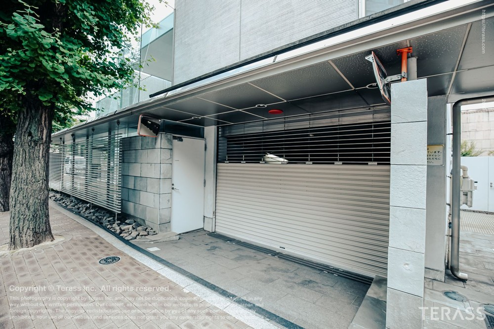 竹内裕子の自宅マンションエントランス